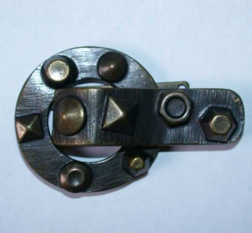 Metal Clasp Bold antique brass
