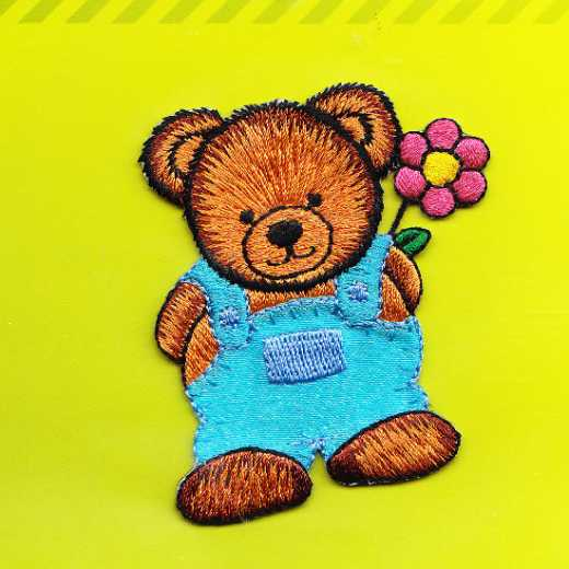 Applikation Teddy mit Hose