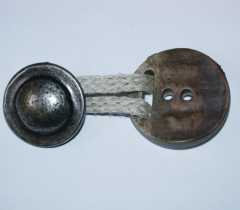 Button Toggle with Cord