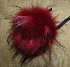 LOVAfur Faux PomPon weinrot