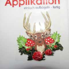 Applikation Hirsch mit Rosen
