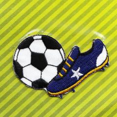 Applikation - Fußballschuh und Fußball